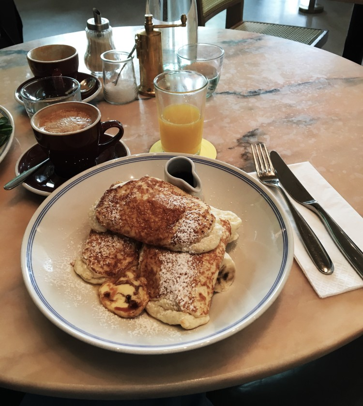 granger-and-co-hotcakes