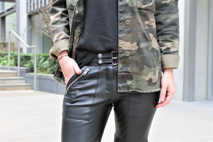 details-veste-kaki-et-pantalon-simili