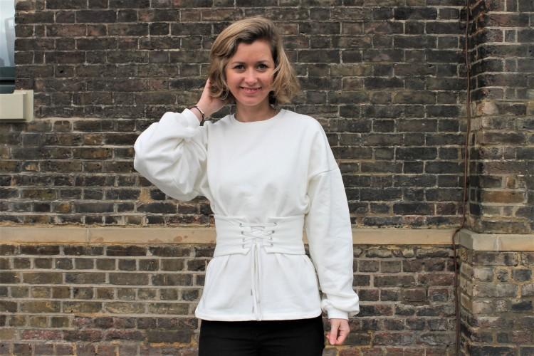sweat-blanc-corset